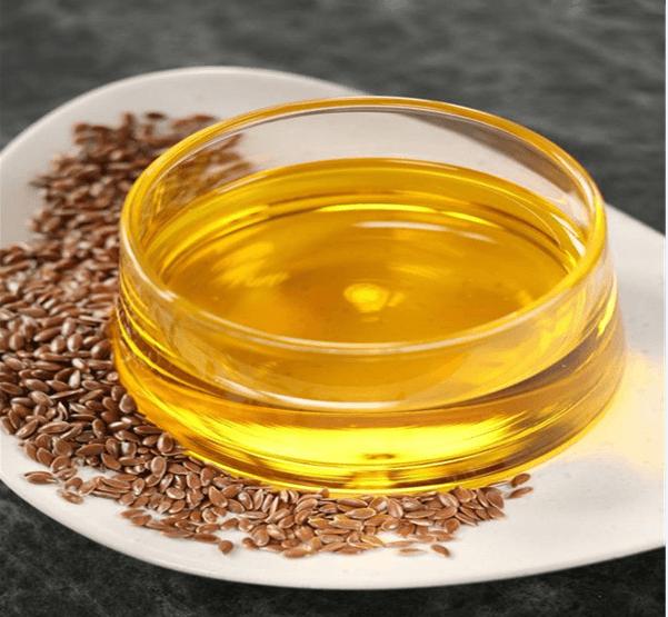 O óleo de linhaça é tão versátil que supostamente ajuda na cura do câncer!