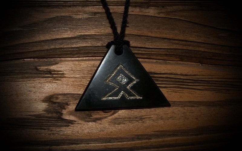 Othilia, runa de recuo e separação. O poder de Saturno com a marca de Mercúrio ou Urano.A palavra chave é cessação, aquisição.