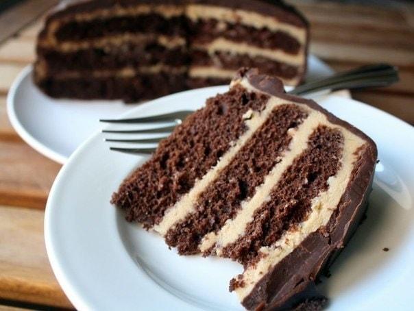 Torta de creme de café é uma receita muito gostosa e perfeita para os dias frios, acompanhada de um bom cafézinho com leite, fica perfeito