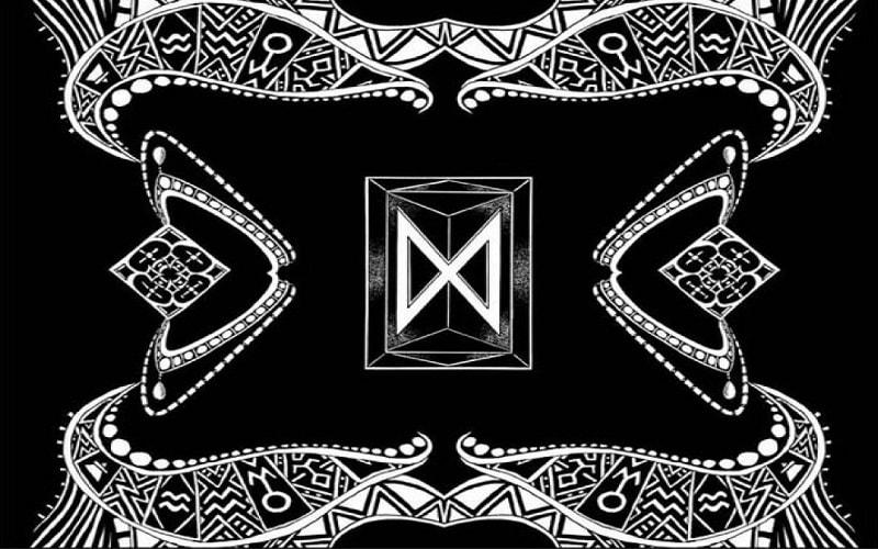 Dagaz, uma runa clara. Uma marca da energia do Sol e de Júpiter. A cor dessa runa é o dourado, e é a runa da transformação, a revolucionária