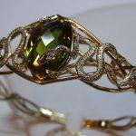 Como usar joias com uma serpente