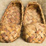 Sapatos de bast como amuleto: significado e uso