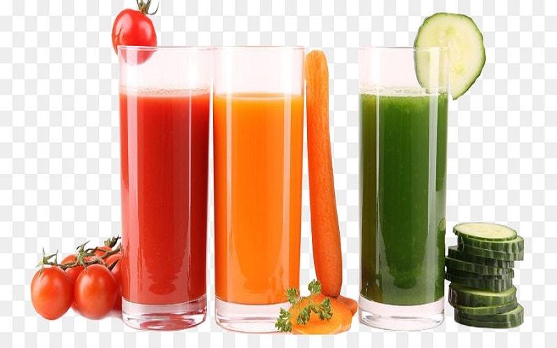 Há algum tempo surgiu um suco verdinho chamado detox. Com ele veio a promessa de emagrecer, limpar o organismo e ainda melhorar o funcionamento do intestino