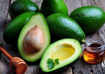 Quais são as propriedades benéficas do abacate – graças às quais você pode melhorar a imunidade e recuperar sua saúde? Como o óleo desta fruta maravilhosa é usado na cosmetologia para o rejuvenescimento?