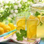 Como fazer limonada caseira