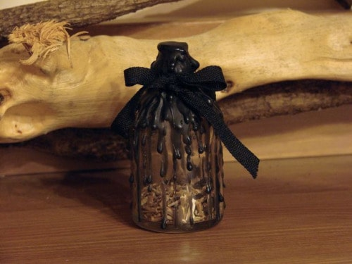 garrafas bruxas proteção amor dinheiro magia