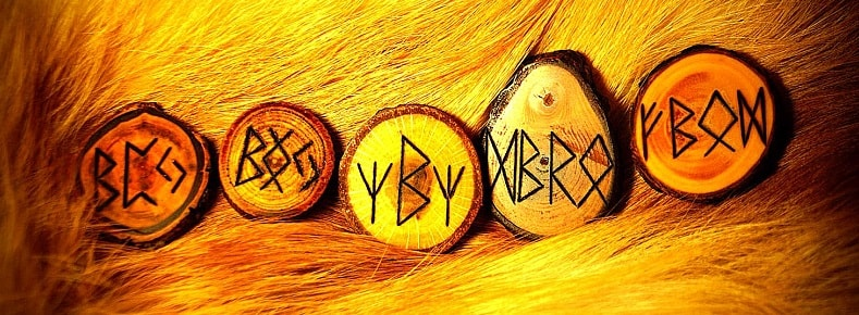 runas talismã amuleto