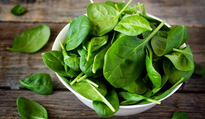 espinafre vitaminas saúde minerais dieta