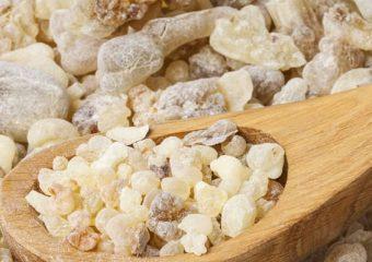 Óleo essencial de olíbano aromaterapia saúde incenso cabelos pele unhas