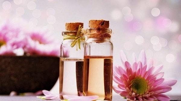 óleo essencial aromaterapia saúde pele cabelos stress unhas envelhecimento óleos essenciais